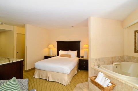 фото BEST WESTERN PLUS Laguna Brisas Spa Hotel 488055759