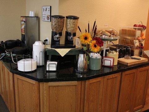 фото La Quinta Inn & Suites Deerfield Beach I-95 488057457