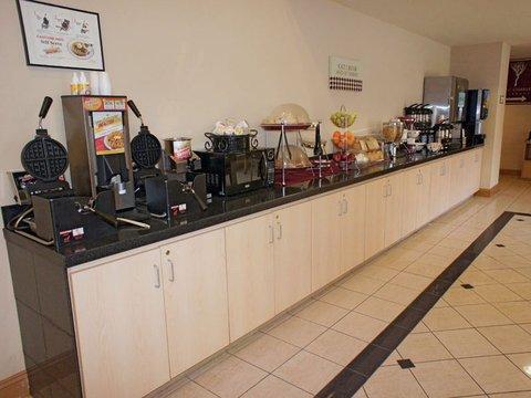 фото La Quinta Inn & Suites Armonk 488057474