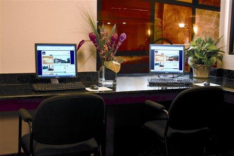 фото Best Western Auburndale Inn & Suites 488058022