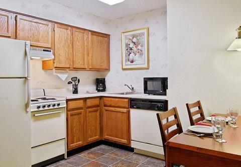 фото Residence Inn Detroit / Auburn Hills 488058997