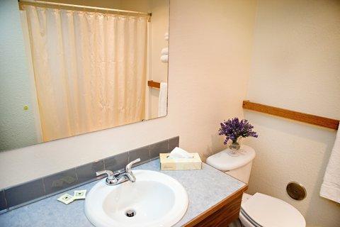 фото Cedars Inn Auburn 488061486