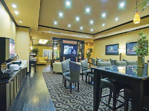 фото La Quinta Inn & Suites Mt. Pleasant 488061660