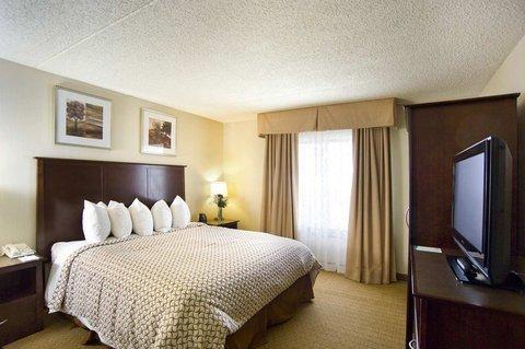 фото Embassy Suites Cleveland - Beachwood 488061894