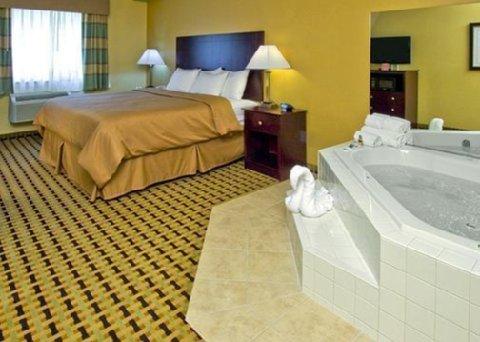 фото Clarion Inn & Suites Atlantic City North 488062204