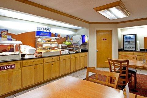фото Holiday Inn Express Roanoke 488067319