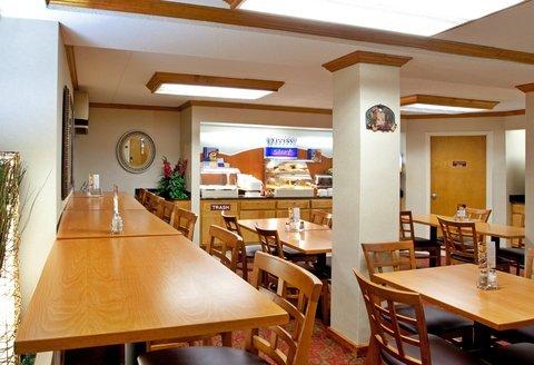 фото Holiday Inn Express Roanoke 488067322
