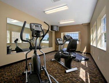 фото Microtel Inn & Suites by Wyndham Bluffs 488067432
