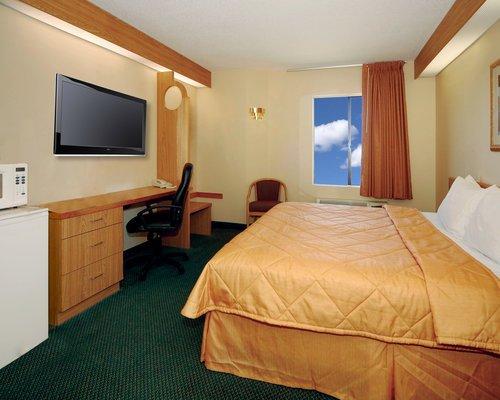 фото Hathaway Inn (Formally Known As Sleep Inn) 488067519