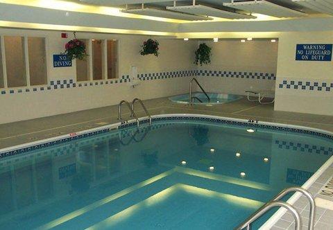 фото Fairfield Inn by Marriott Quincy 488071716