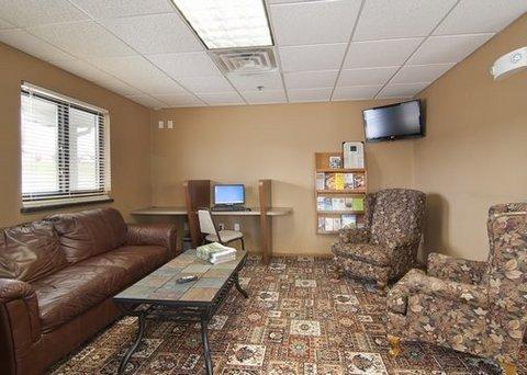 фото Econo Lodge New Ulm Hotel 488072108