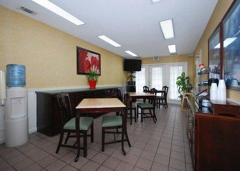 фото Quality Inn Selma 488075934