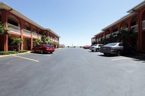 фото Americas Best Value Inn Daytona Beach Ocean Front 488078454