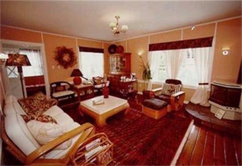 фото Chelsea Garden Inn 488080361
