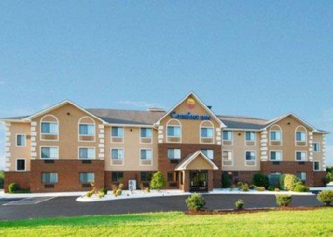 фото Comfort Inn & Suites 488080392