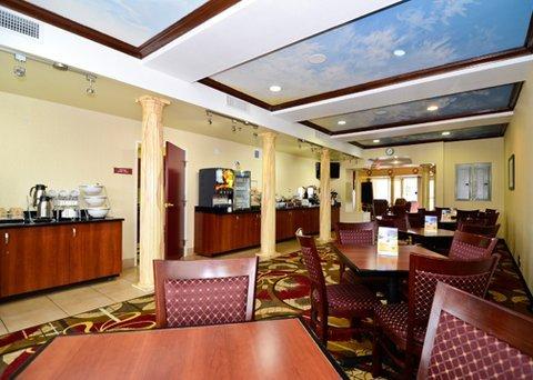 фото Comfort Suites Bakersfield 488080535
