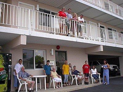 фото Bay Breeze Motel 488080750