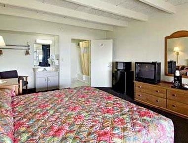 фото Days Inn & Suites Jekyll Island 488081426