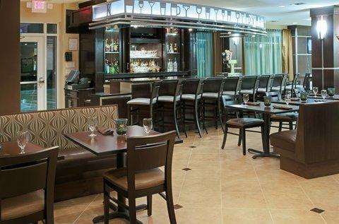 фото Holiday Inn Houston-Webster 488081904