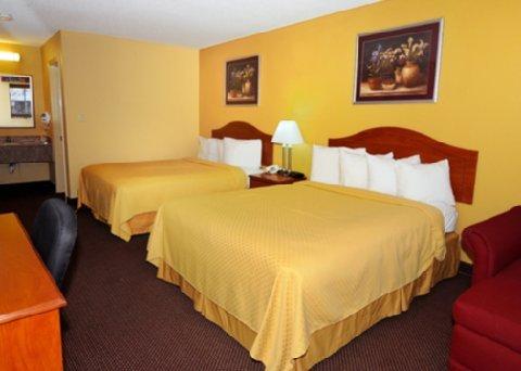 фото Quality Inn Charleston 488084536