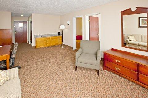 фото Holiday Inn Express Bluffton Hotel 488085135