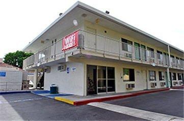 фото Motel 6 Sacramento - Old Sacramento North 488085206