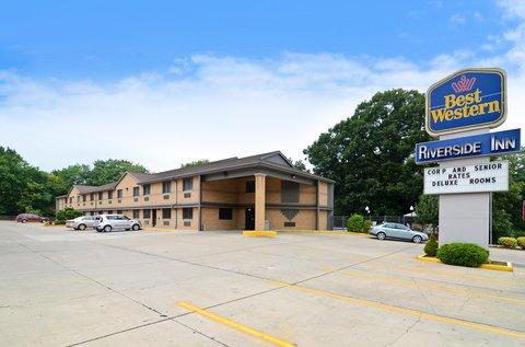 фото Best Western Riverside Inn 488085909