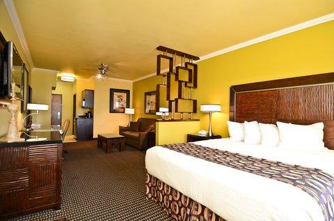фото Best Western Christopher Inn & Suites 488087659