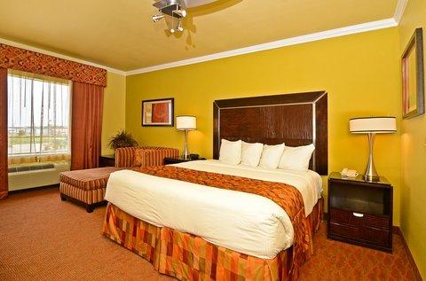 фото Best Western Christopher Inn & Suites 488087660