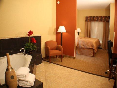 фото Comfort Suites 488088704