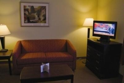 фото Home-Towne Suites Kannapolis 488089502