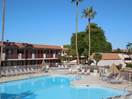 фото Dobson Ranch Inn & Suites 488095028