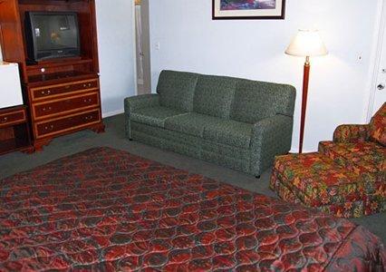 фото Rodeway Inn & Suites Yakima 488098581