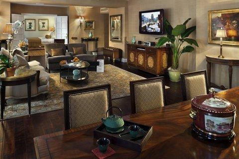 фото Hotel Plaza Athenee 488100452