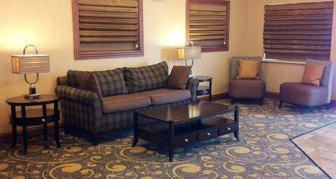 фото Holiday Inn Express Deforest 488100820