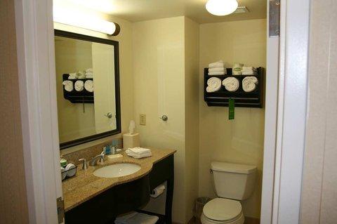 фото Hampton Inn & Suites Plattsburgh 488102095