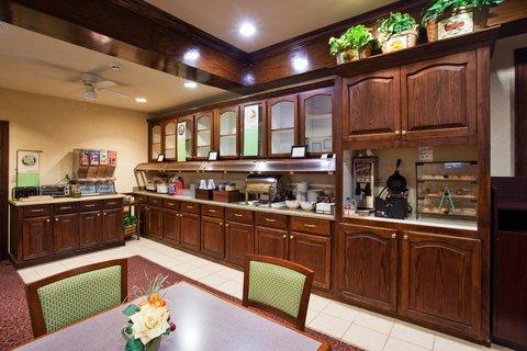 фото Country Inn & Suites - Warner Robbins 488102725