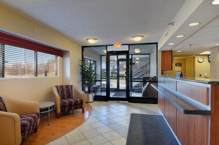 фото Red Roof Inn Minneapolis Plymouth 488103987