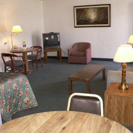 фото Anchorage Inn Lakeport 488104160