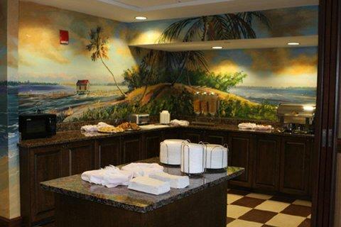 фото Pier House 60 Marina Hotel 488105341