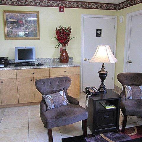 фото Western Inn & Suites 488105446