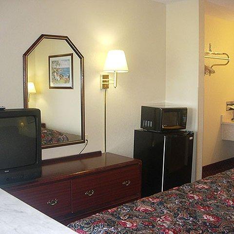 фото Western Inn & Suites 488105448