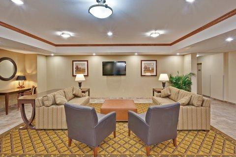 фото Candlewood Suites Crawfordsville 488106809