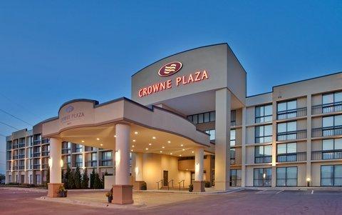 фото Crowne Plaza Hotel Kansas City - Overland Park 488107788