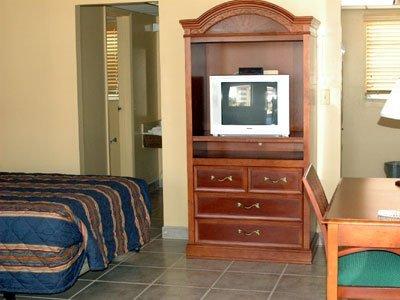 фото Lafayette Motel 488109660