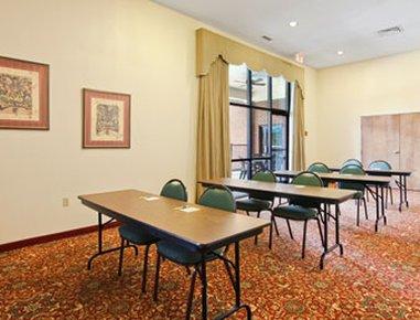 фото Comfort Suites Lexington 488112298