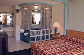фото Econo Lodge 488115887