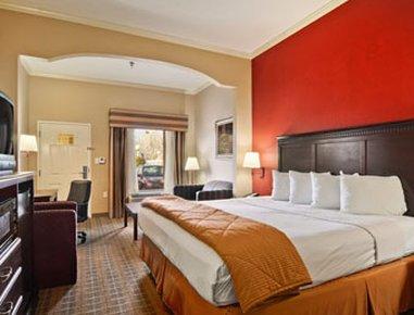 фото Baymont Inn and Suites Crestview 488117707