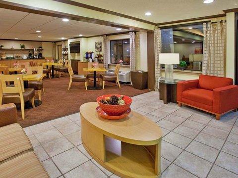фото La Quinta Inn & Suites Savannah Southside 488123133