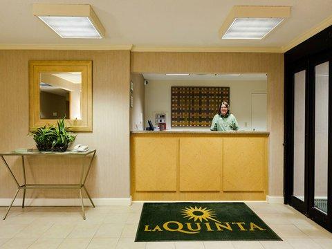 фото La Quinta Inn Chicago Willowbrook 488123297